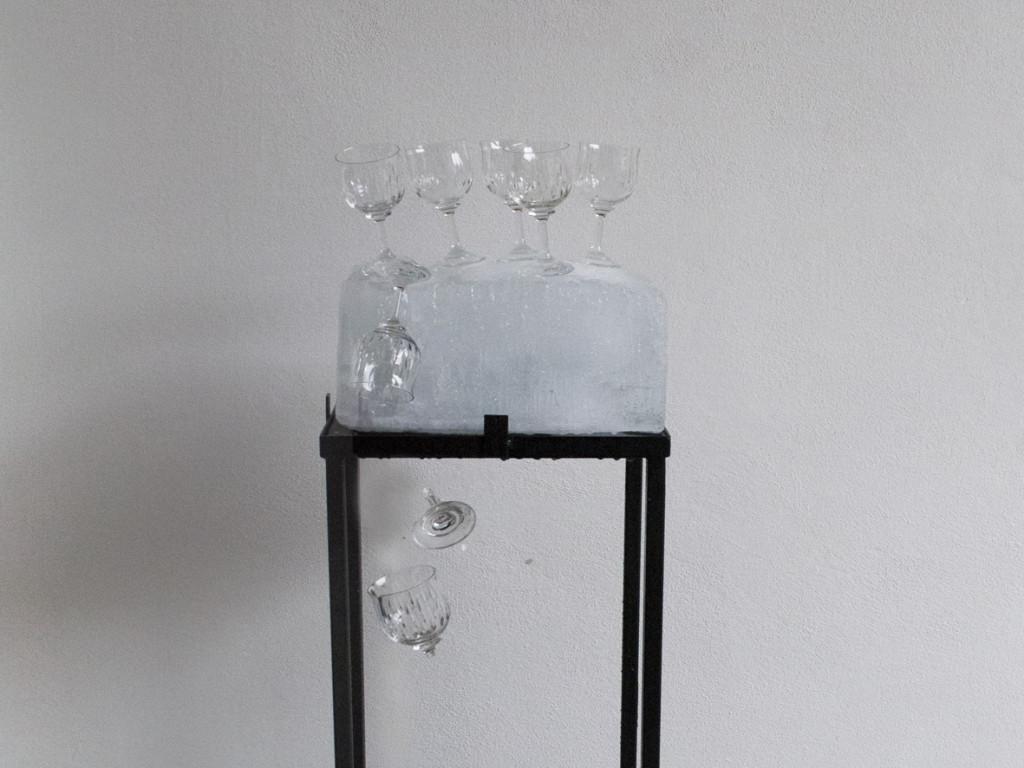 """Un dettaglio di """"It's like a boon"""" l'installazione di Fabio Ranzolin che con la sonorizzazione di Christopher Scherlich compone """"1906"""" l'evento inaugurale di Artefatto_zoom"""